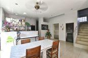 88-hotel-cafe
