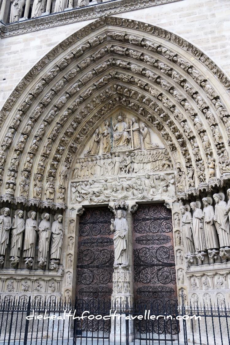 Notre Dame Tuer Detalliert