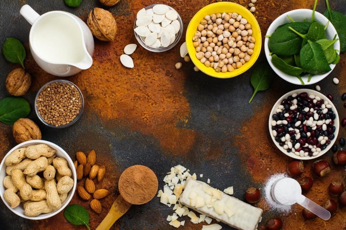 Kombiniere vegane/vegetarische Proteine! [Warum & Wie du deine Eiweisse richtig mischst]